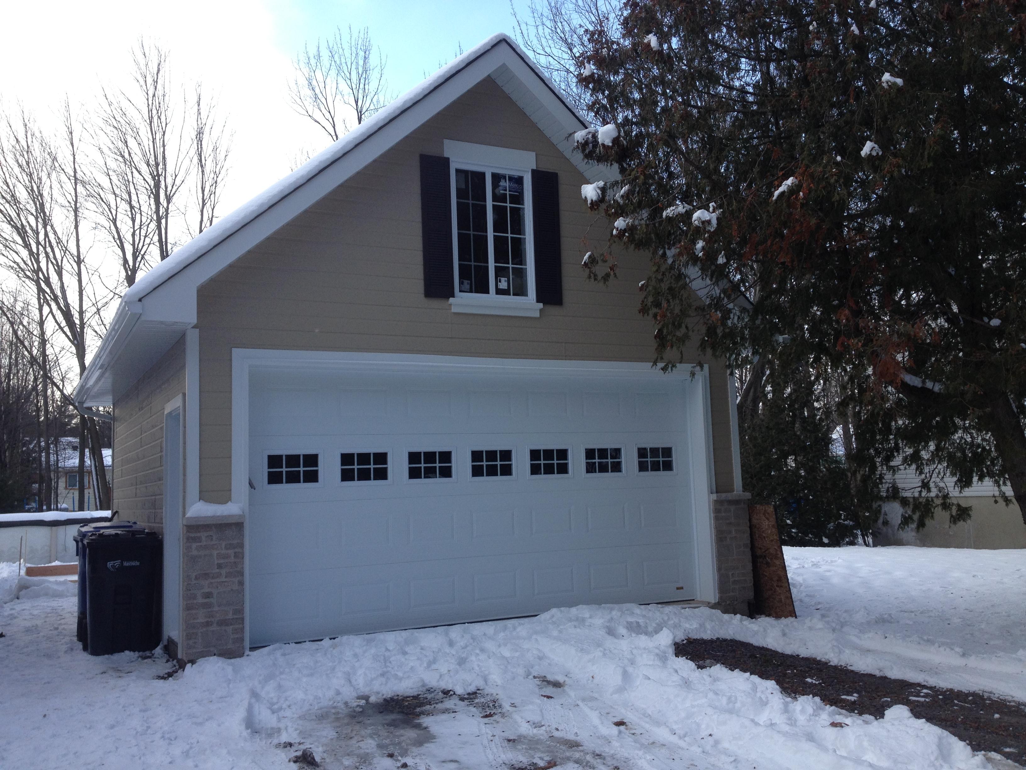 isolation toit r 40 revtement murs canexel revtement toit bardeaux porte de service 2 fentre 2 porte de garage 1 de 16 x 8